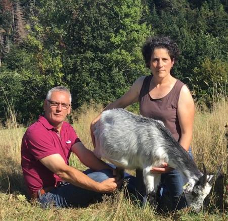 Cédants (Frédéric et Elsa Bencteux) de la chèvrerie des Merlusses